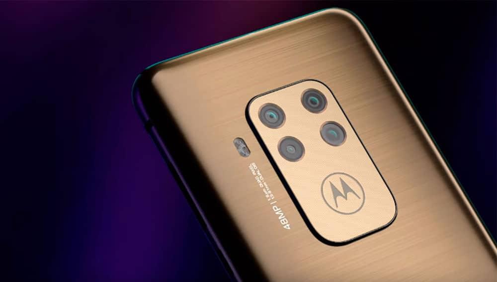 Parte trasera del Motorola One Zoom